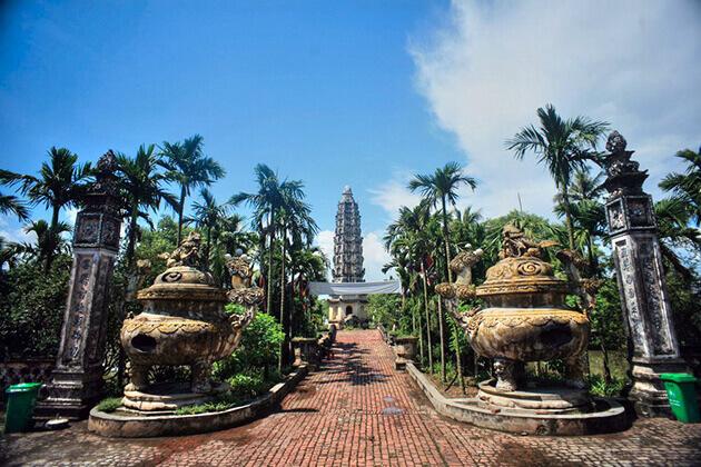 Cảnh quan chùa Cổ Lễ Nam Định