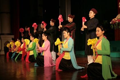 biểu diễn văn nghệ truyền thống
